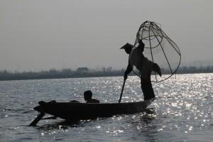 En anden fisker på Inle Lake